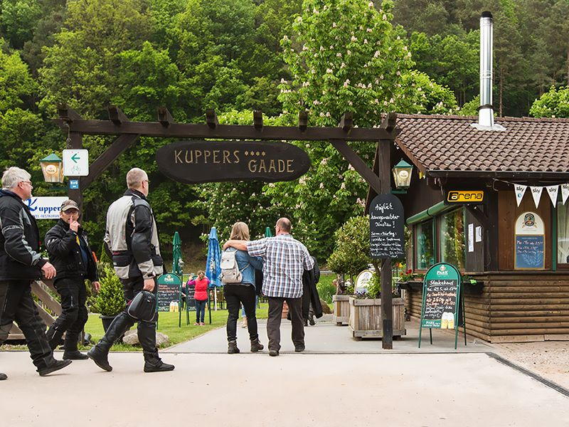 Jardin à bière | Salon de chasse - Hotel-Restaurant Kupper